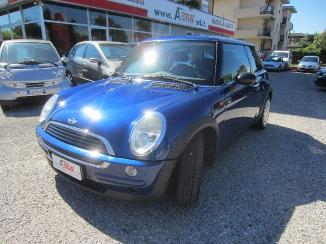 MINI One Blu metallizzato
