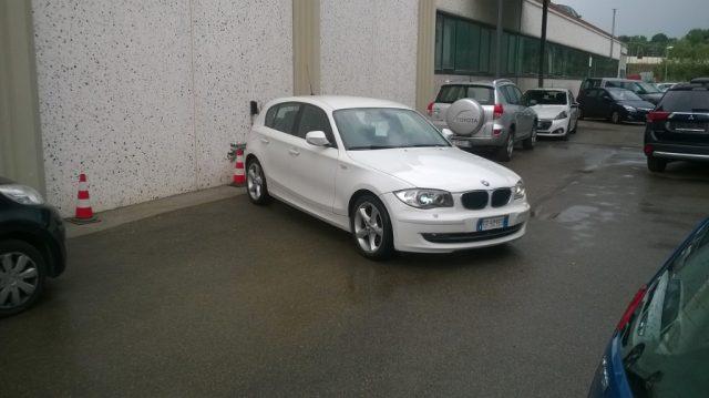 BMW 118 d 2.0 143CV cat 5 porte DPF Immagine 1
