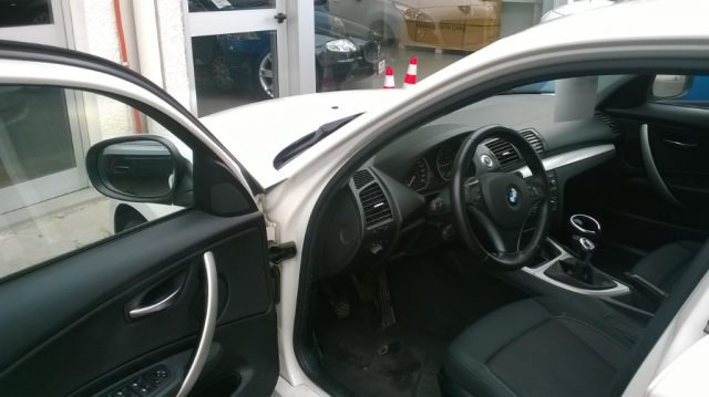 BMW 118 d 2.0 143CV cat 5 porte DPF Immagine 4