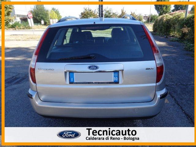 FORD Mondeo 2.0 16V TDCi (130CV) SW Ghia *CAMBIO AUTOMATICO* Immagine 4