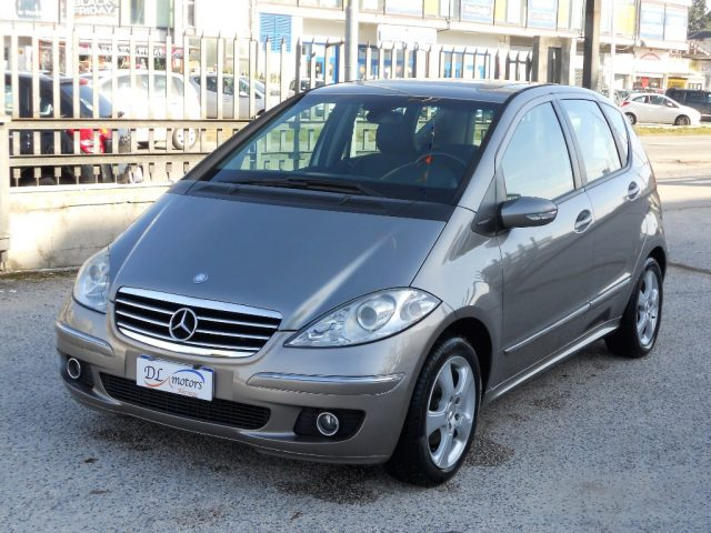 MERCEDES-BENZ A 180 Antracite pastello