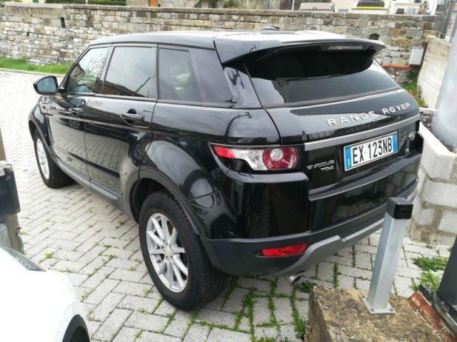 LAND ROVER Range Rover Evoque 2.2 TD4 5p. Pure - Automatico - Vetri scuri Immagine 2