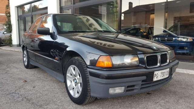 BMW 318 i ISCRITTA ASI cat 4 porte Europa Immagine 0