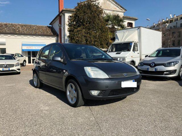 FORD Fiesta 1.4 TDCi 5p. Ghia  OK X NEOPATENTATI 124000 km