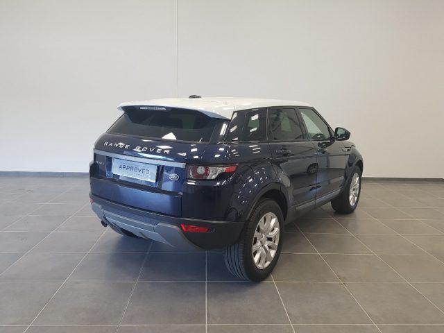 LAND ROVER Range Rover Evoque 2.2 TD4 5p. Pure Immagine 1