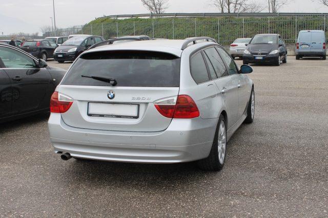 BMW 320 d cat Touring Attiva Immagine 2
