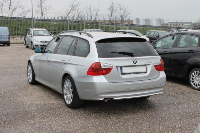 BMW 320 d cat Touring Attiva Immagine 3