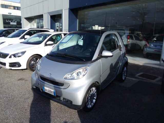 SMART ForTwo 1000 62 kW coupé passion Immagine 0
