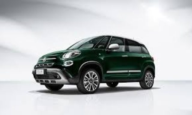 FIAT 500L 1.4 95 CV City Cross Immagine 0