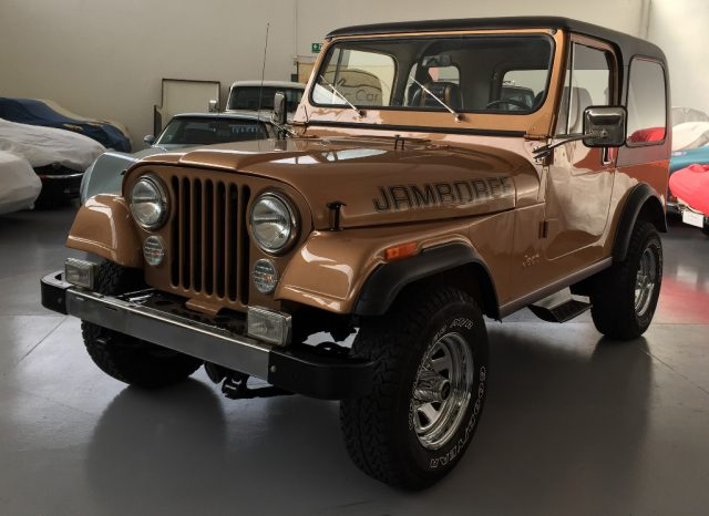 JEEP CJ-7 Oro metallizzato