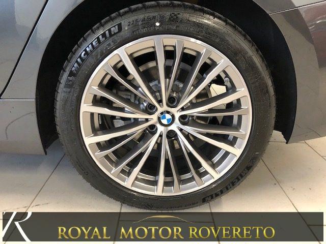 BMW 320 d X-Drive Luxury KM0!!! Immagine 3