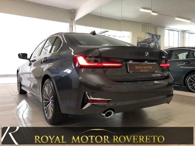 BMW 320 d X-Drive Luxury KM0!!! Immagine 4
