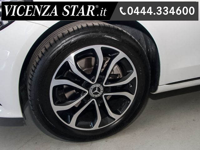 MERCEDES-BENZ C 220 d S.W. 4Matic AUTOMATIC SPORT RESTYLING Immagine 4