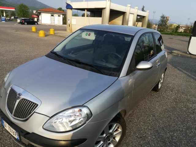 vendita auto usate torino e provincia »  LANCIA Ypsilon