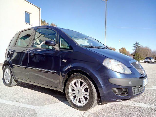 LANCIA MUSA 1.4 16V Platino CAMBIO AUTOMATICO Immagine 4