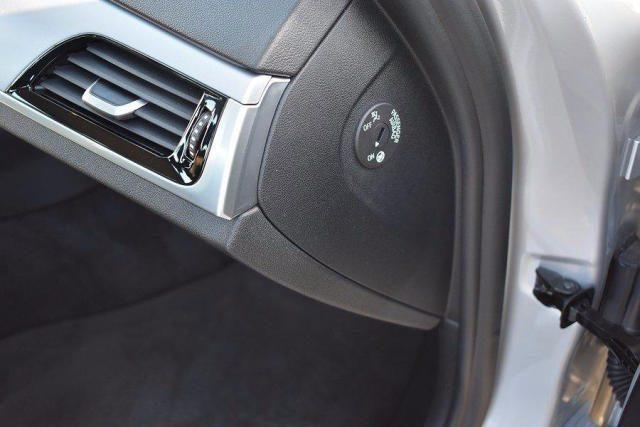 BMW 520 D XDrive Business 48V MILDHYBRID + gancio tra Immagine 3