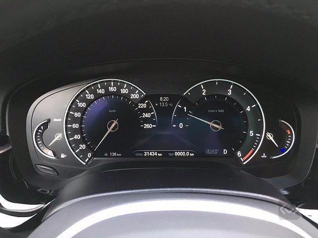 BMW 520 D XDrive Sport 48V MILDHYBRID + gancio tra Immagine 4
