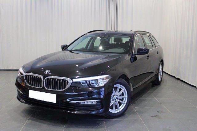 BMW 520 D XDrive Touring Sport gancio traino + telecam Immagine 0