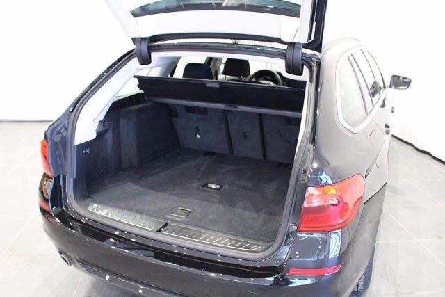BMW 520 D XDrive Touring Sport gancio traino + telecam Immagine 2
