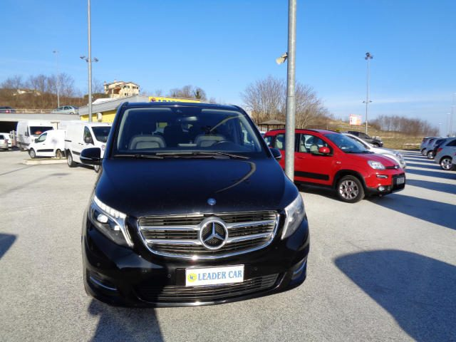 MERCEDES-BENZ V 250 d Automatic Premium Extralong Immagine 2