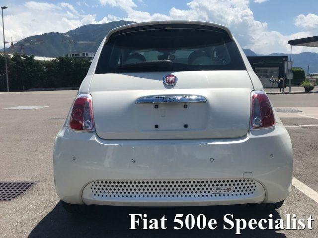 FIAT 500 ELETTRICA FIAT 500e NUOVA FIAT 500 BEV ABARTH LOOK Immagine 4