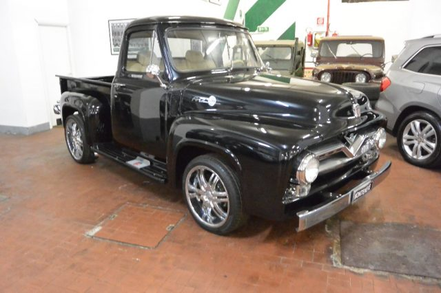 FORD F 100 Nero pastello