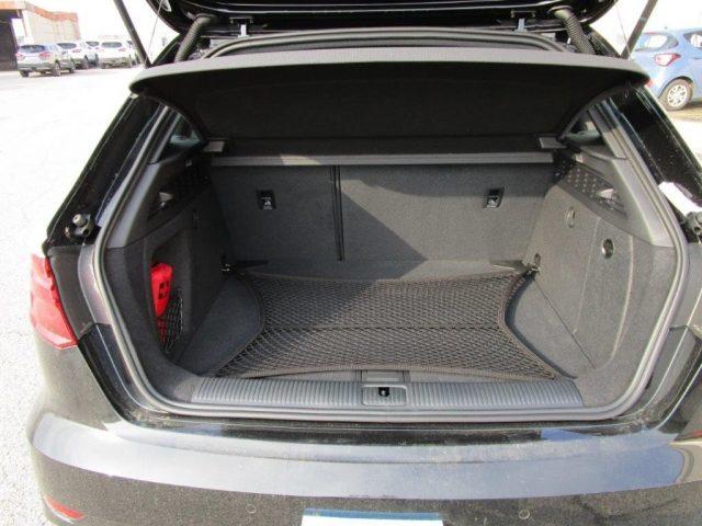 AUDI A3 Sedan 30 TDI S tronic Sport Immagine 4