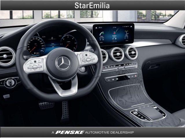 MERCEDES-BENZ GLC 300 d 4Matic Premium Immagine 2