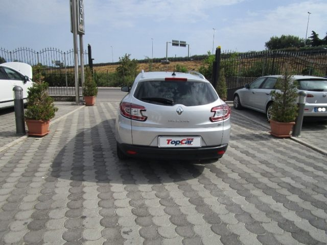 RENAULT Megane 1.5 dCi 110CV S&S ESM SporTour Limited Immagine 1