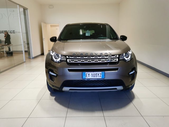 LAND ROVER Discovery Sport 2.2 TD4 HSE Immagine 1