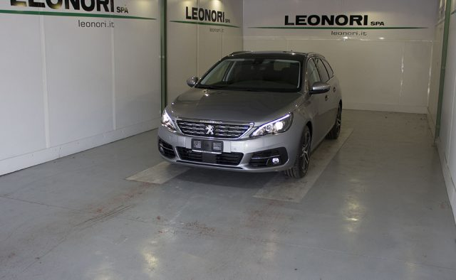 PEUGEOT 308 BlueHDi 130 S&S SW Style Immagine 1