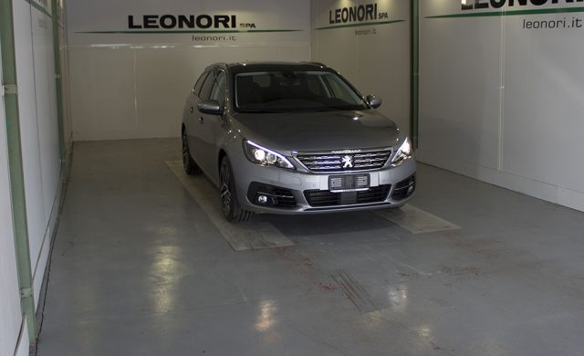 PEUGEOT 308 BlueHDi 130 S&S SW Style Immagine 2