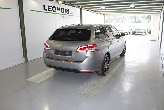 PEUGEOT 308 BlueHDi 130 S&S SW Style Immagine 4