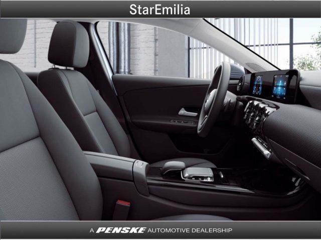 MERCEDES-BENZ A 200 d Automatic Executive Immagine 3