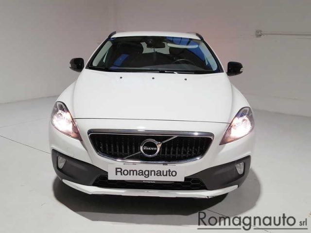 VOLVO V40 Cross Country D2 Kinetic Immagine 3