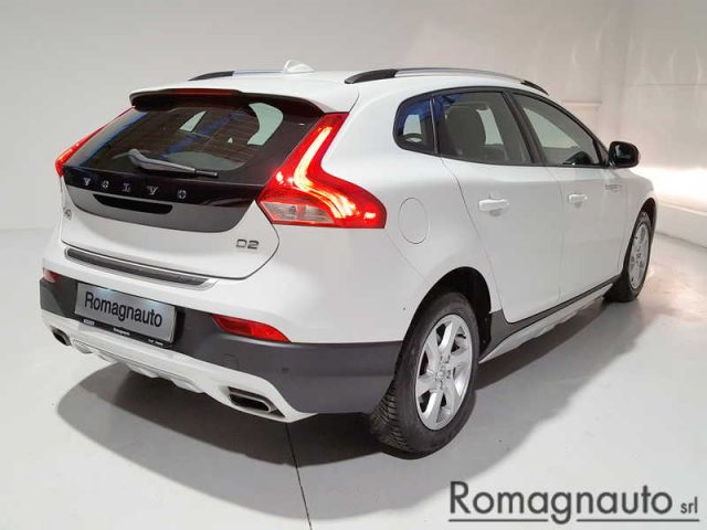 VOLVO V40 Cross Country D2 Kinetic Immagine 4