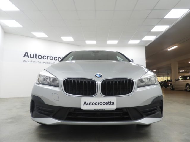 BMW 216 d Active Tourer Advantage Business Immagine 3