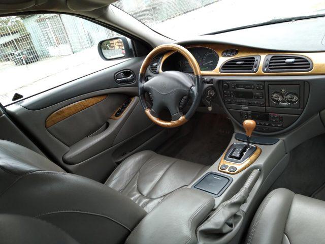 JAGUAR S-Type 3.0 V6 24V cat Executive Immagine 1