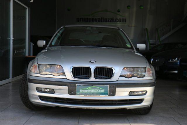 BMW 320 d turbodiesel cat 4 porte Immagine 1