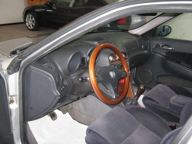 ALFA ROMEO 156 1.8i 16V Twin Spark cat Sportwagon Distinctive Immagine 4