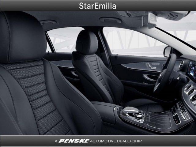 MERCEDES-BENZ E 220 d 4Matic Auto Premium Immagine 3