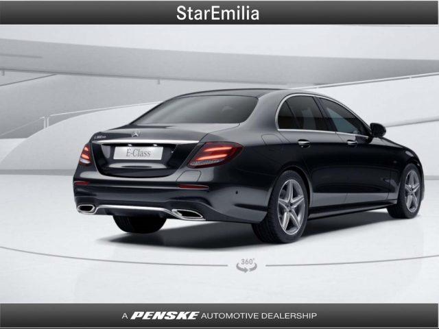MERCEDES-BENZ E 300 e Auto EQ-Power Premium Plus Immagine 1