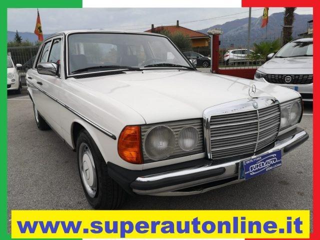 OLDTIMER Mercedes Benz 200 D.  ( DIESEL )  KM 191.000 Immagine 0
