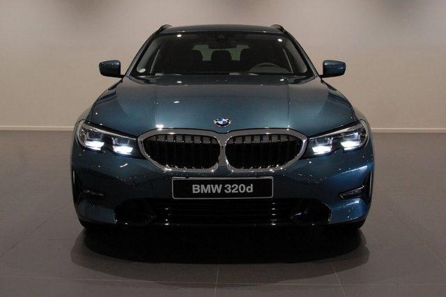 BMW 320 d xDrive Touring Sport MY 2020 Immagine 1