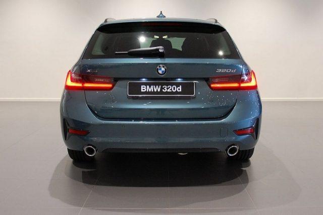 BMW 320 d xDrive Touring Sport MY 2020 Immagine 4