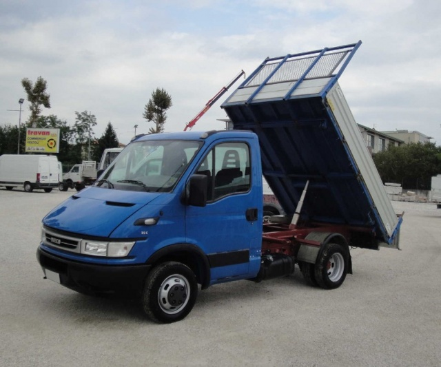 IVECO Daily 35 C 12 2.3 HPI Ribaltabile