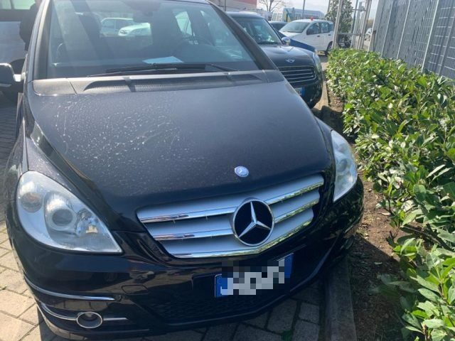 MERCEDES-BENZ B 180 Nero metallizzato