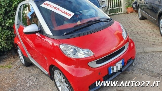 SMART ForTwo 800 40 kW coupé pure cdi Immagine 2