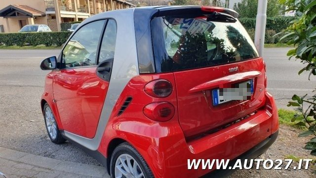 SMART ForTwo 800 40 kW coupé pure cdi Immagine 3