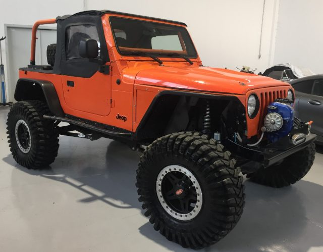 JEEP Wrangler Orange pastello